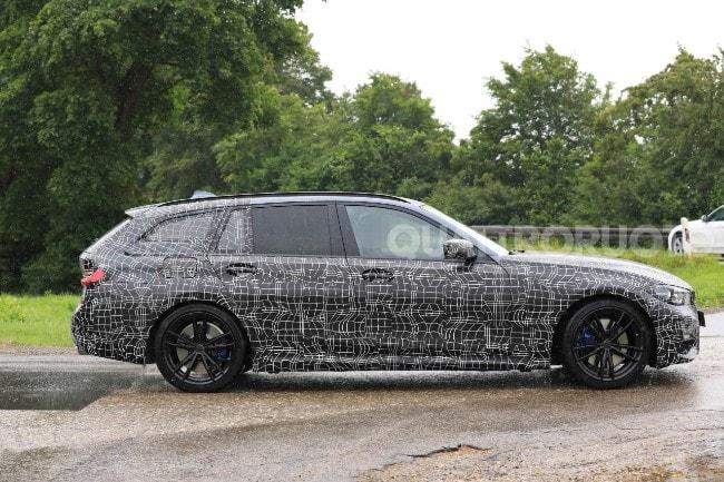 BMW Seria 3 Touring (4)