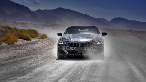 Cu prototipul BMW Seria 8 Cabrio în Valea Morții