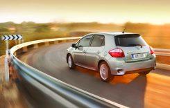 Second hand Toyota Auris I – pentru familii