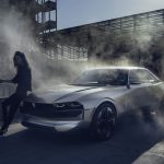 Conceptul Peugeot e-Legend
