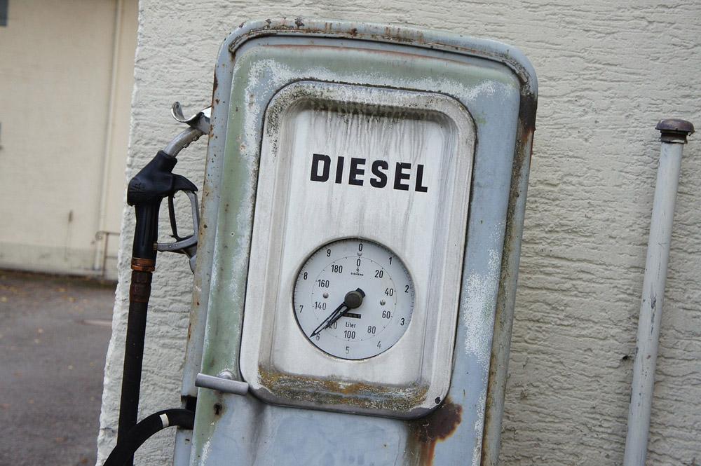 Diesel versus benzină: ce șanse mai au propulsoarele pe motorină?