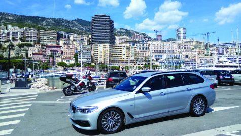 O călătorie de poveste cu BMW 525d Touring pe traseul München-Nisa prin pasul Stelvio și lacul Como