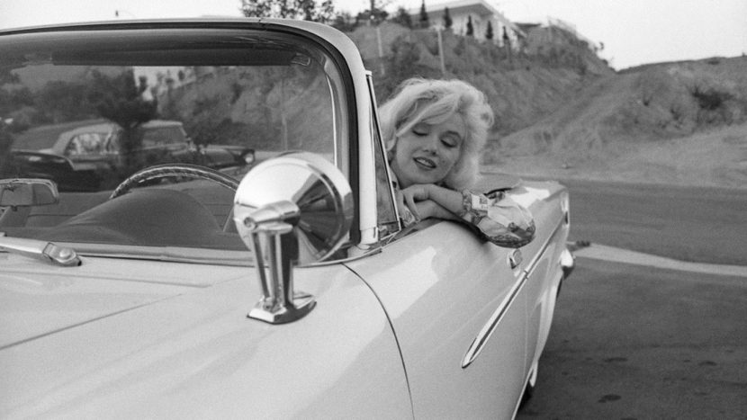 Marilyn Monroe Ford Thunderbird (4)
