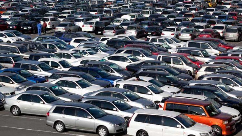 Cumpărați o mașină rulată? Verificați istoricul mașinii înainte de a o cumpăra pe ro.vin-info.com!