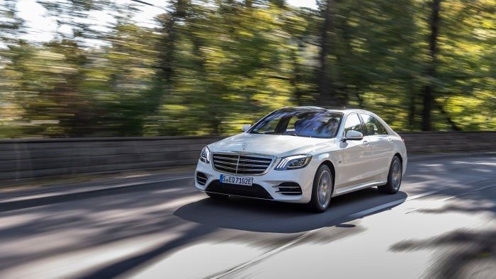 noul Mercedes-Benz S 560 e