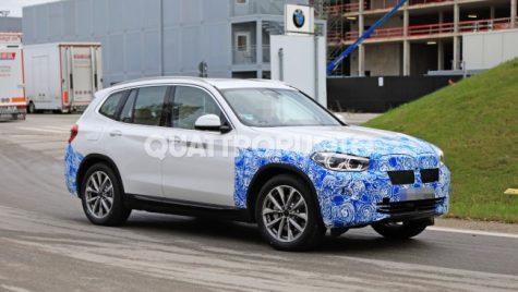 Prima fotografie necamuflată BMW iX3 și planurile de electrificare BMW