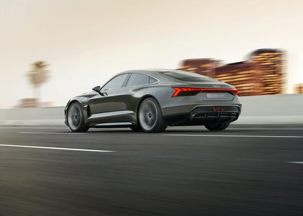 Conceptul Audi E-Tron GT Sedan (3)