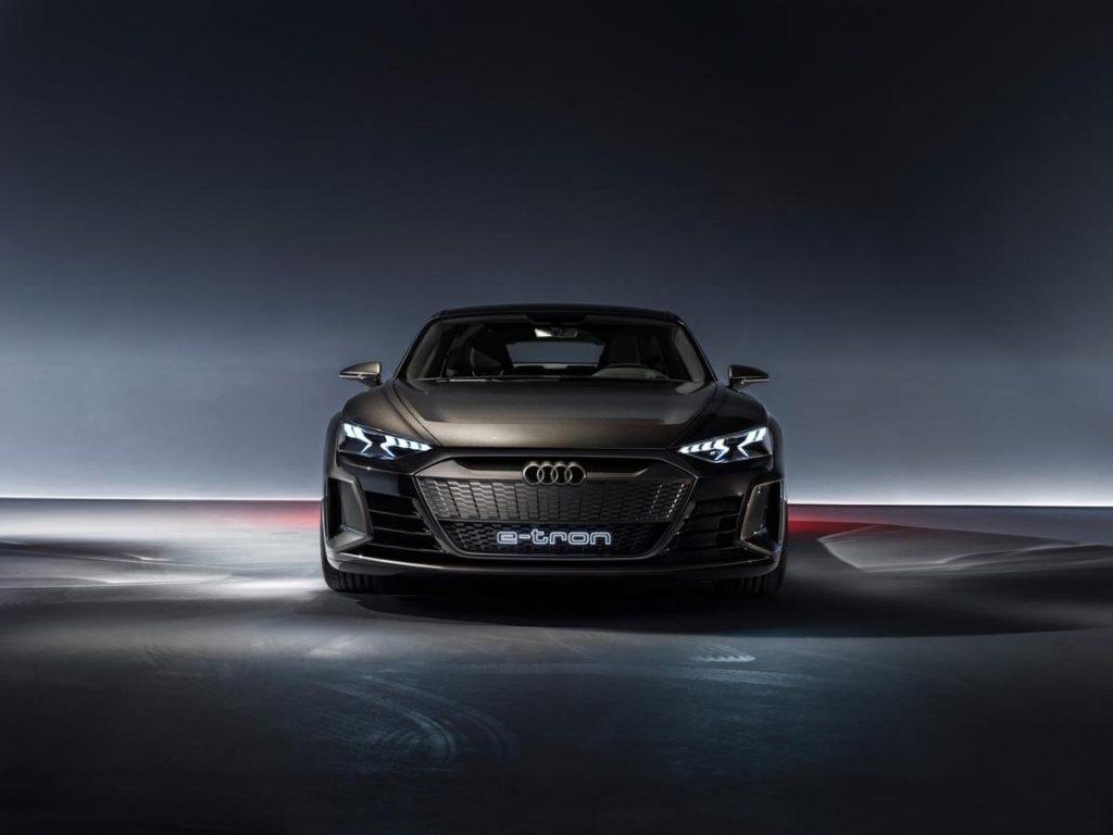 Conceptul Audi E-Tron GT Sedan (9)