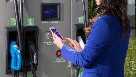 Enel X – investiție de zeci de milioane pentru mii de stații de încărcare pentru mașini electrice