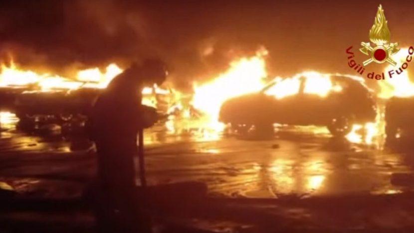 Incendiu mașini Savona