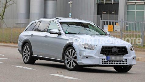 Mercedes-Benz Clasa E break, surprins în teste