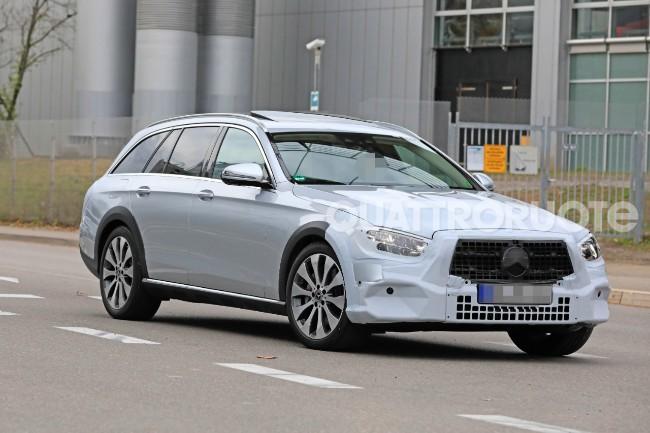 Mercedes-Benz Clasa E break (4)
