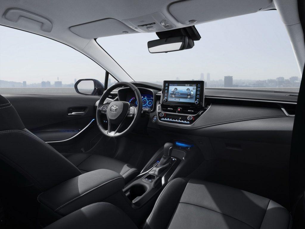 Noua Toyota Corolla Sedan - Informații și fotografii oficiale (25)