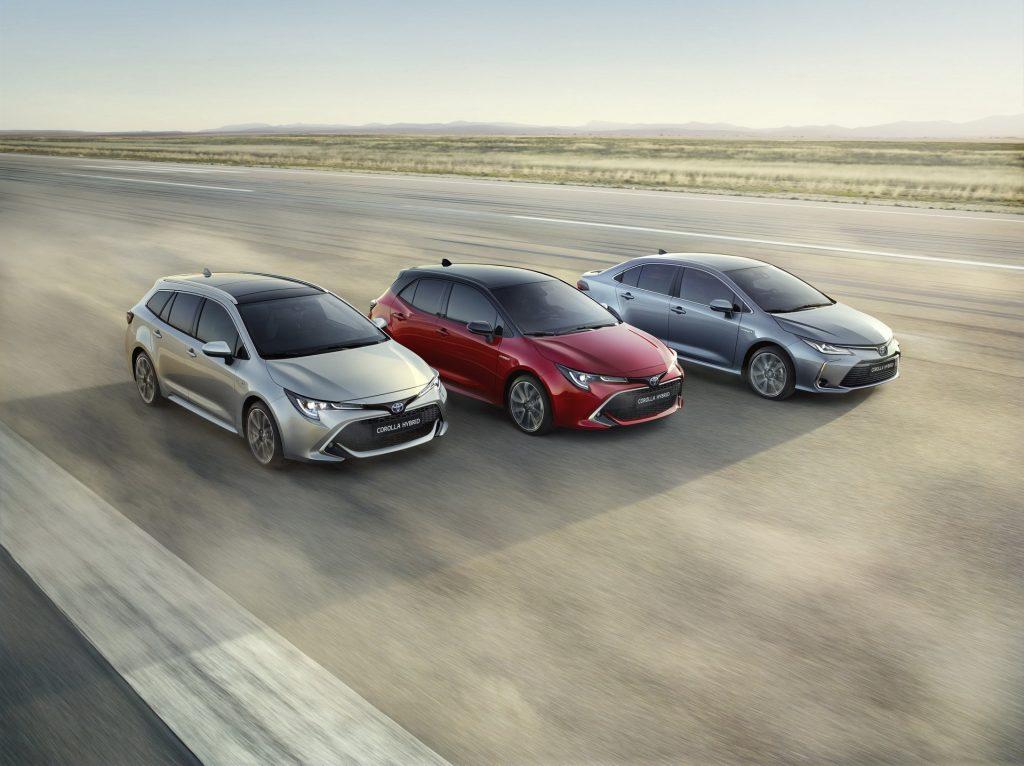 Noua Toyota Corolla Sedan - Informații și fotografii oficiale (5)