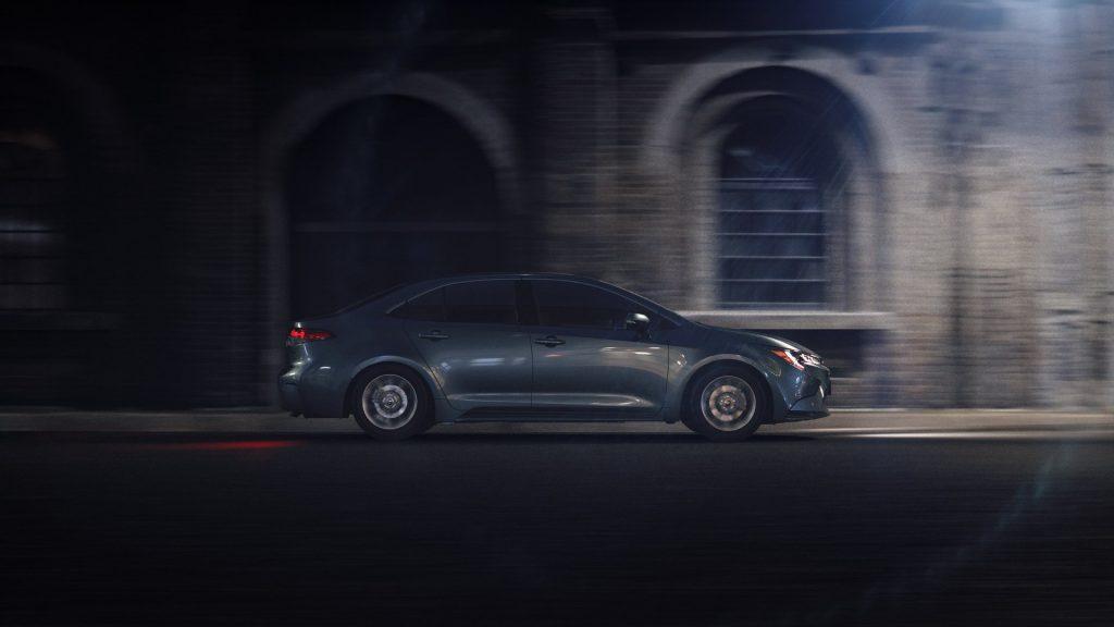 Noua Toyota Corolla Sedan - Informații și fotografii oficiale (8)