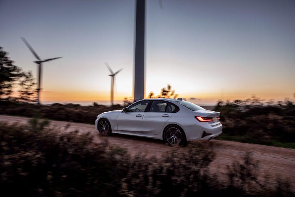 Noul BMW 330e (1)