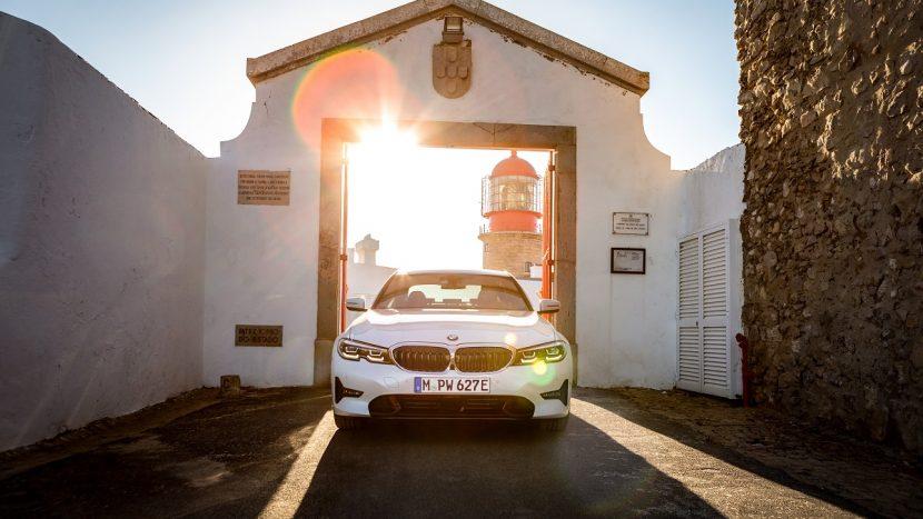 Noul BMW 330e (3)