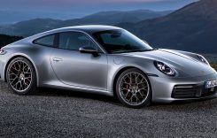 Noul Porsche 911 a ajuns în România. Cât costă?