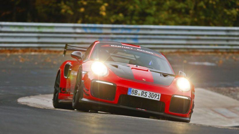 Porsche 911 GT2 RS MR este cea mai rapidă mașină sport de stradă pe Nürburgring