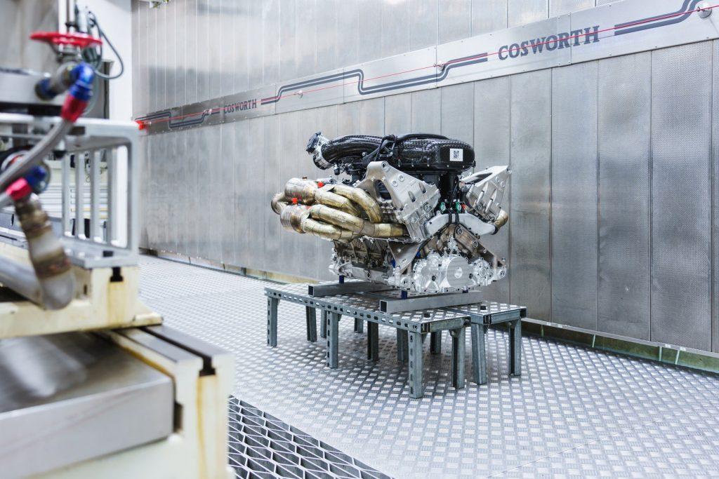 Aston Martin Valkyrie (10)
