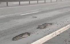 Dezastru pe Autostrada Bucureşti – Piteşti după prima ninsoare