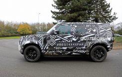 Spionaj – Land Rover Defender își arată silueta cubică în teste