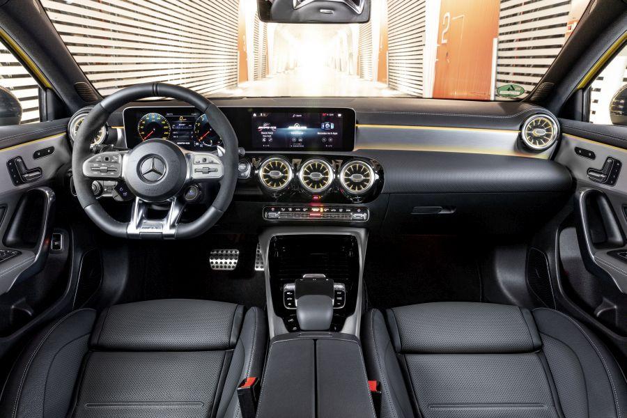 test drive Mercedes-AMG A 35
