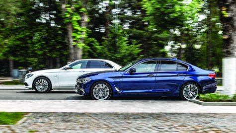 Test comparativ: Mercedes-Benz E 350 e vs BMW 530