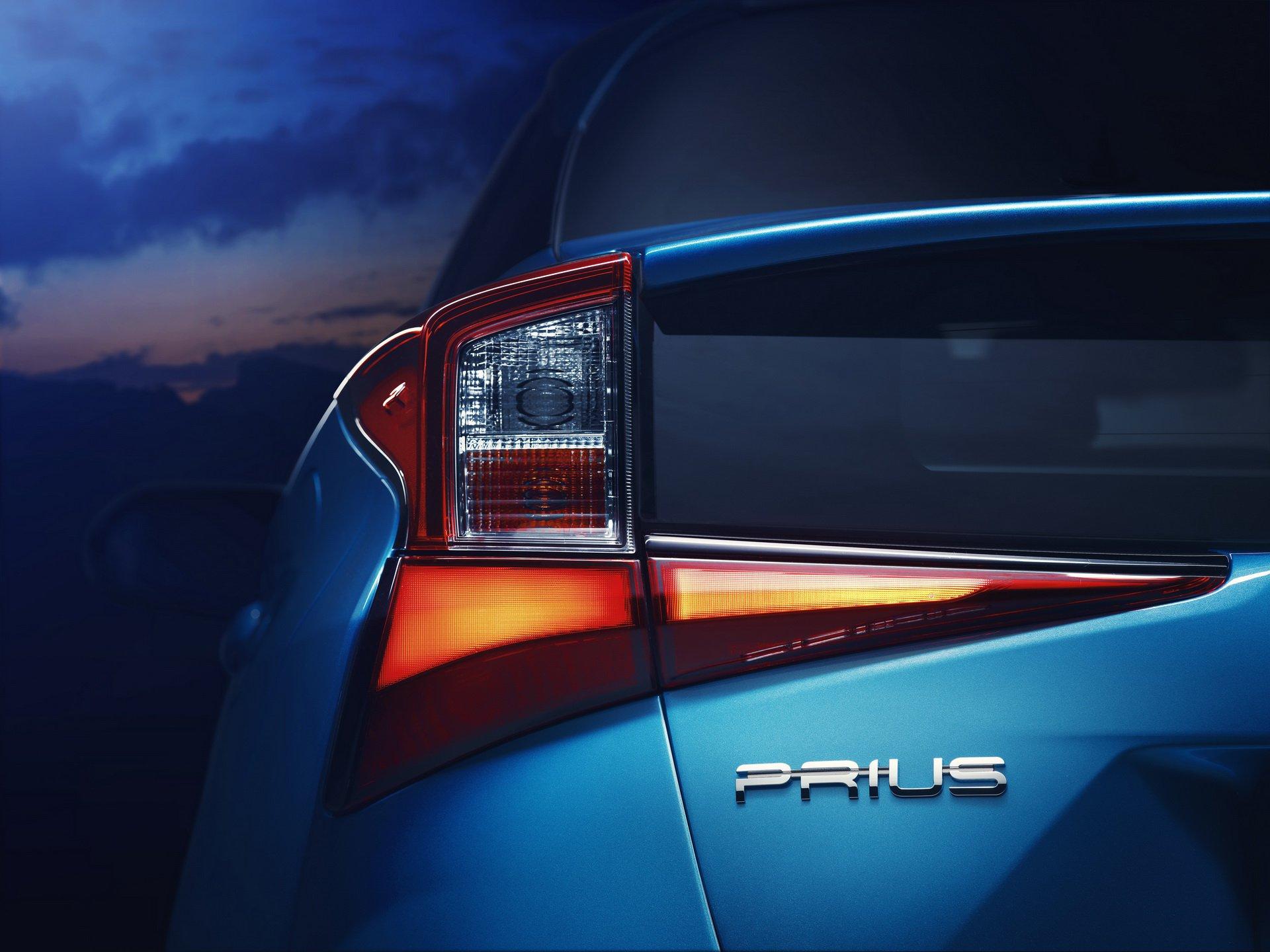 Noua Toyota Prius - Informații și fotografii oficiale noi 4