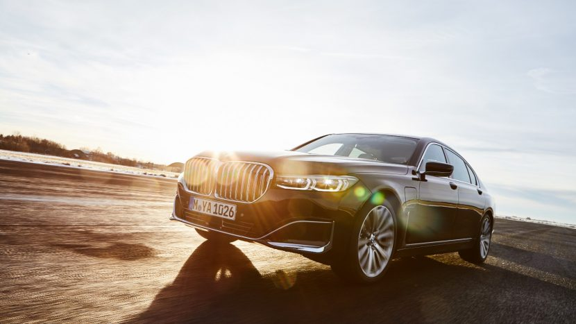 BMW Seria 7 Plug-in Hybrid (11)