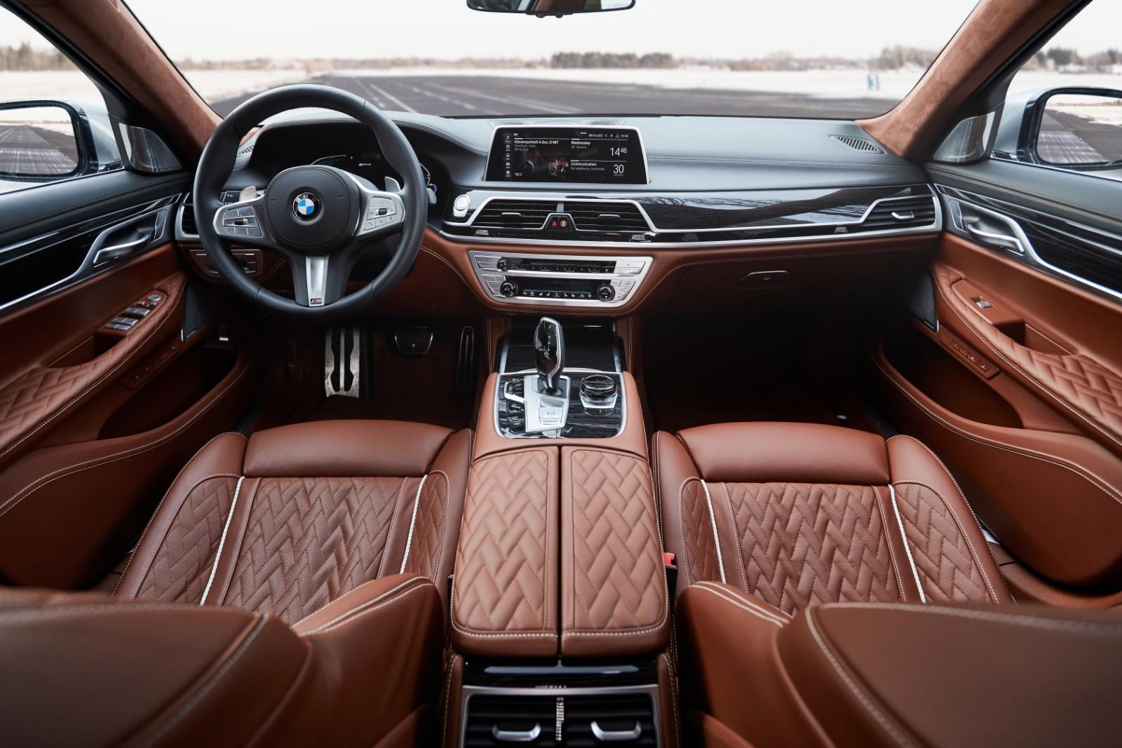 BMW Seria 7 Plug-in Hybrid (4)