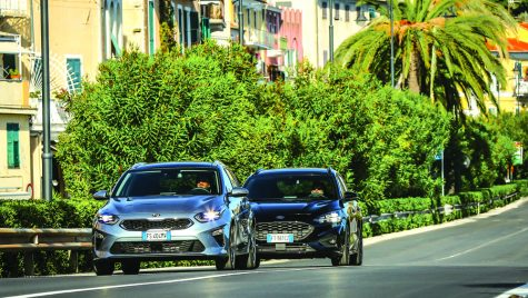 Test comparativ: Kia Ceed Sportswagon 1.4 T-GDI 7DCT vs Ford Focus Wagon 1.5 EcoBoost A8