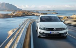 Noul Volkswagen Passat facelift – Informații și fotografii oficiale