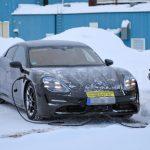 Porsche Taycan (10)
