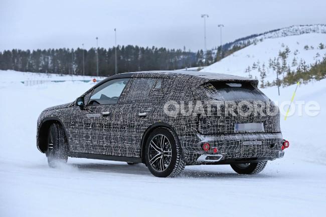 BMW iNext (5)