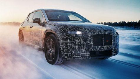 Volanul BMW va avea o formă specială. Cum va arăta?