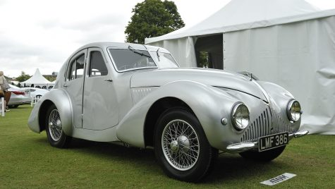 Atomul de la originea Aston Martin?
