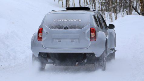 Dacia Duster EV surprinsă în teste. Când ajunge în showroom-uri?