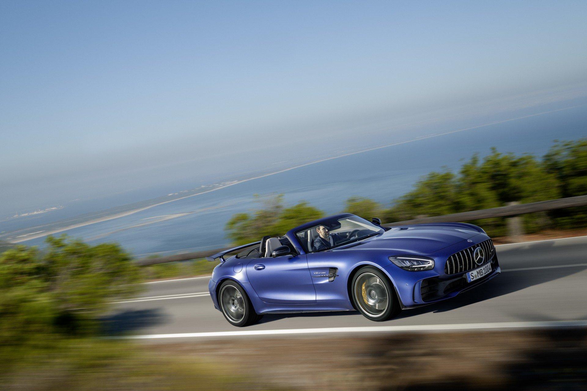 Noul Mercedes-AMG GT R Roadster (6)