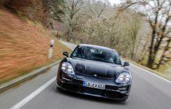 Porsche Taycan – Primele imagini video cu interiorul