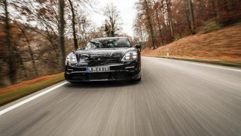 Oficial – Cum arată bordul viitorului Porsche Taycan?