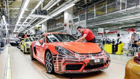 Ce primă uriașă iau angajații Porsche pentru că și-au îndeplinit obiectivele?