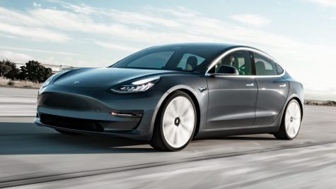 Cât costă cea mai ieftină Tesla și când ajunge în Europa?