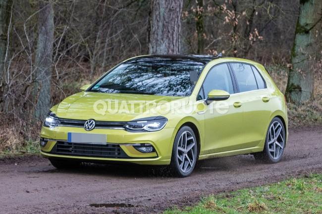 Volkswagen Golf (1)
