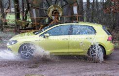 A fost surprins de fotografii-spion! Cum arată viitorul Volkswagen Golf?