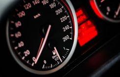 Ce amendă plătești dacă depășești limita de viteză?