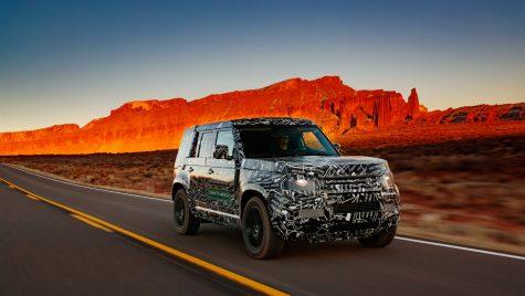 Câți kilometri au parcurs prototipurile Land Rover Defender în teste?