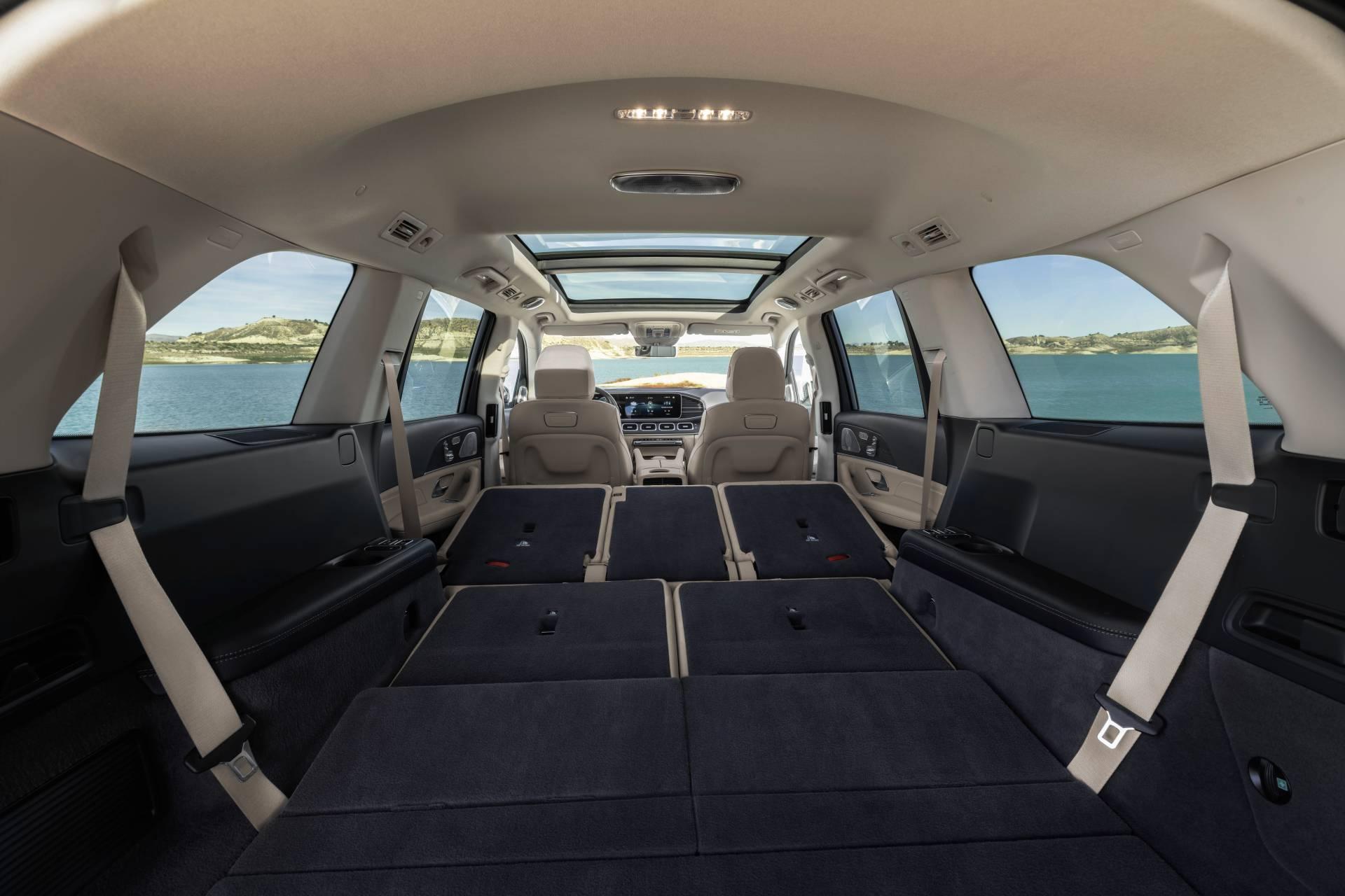 Noul Mercedes-Benz GLS (15)