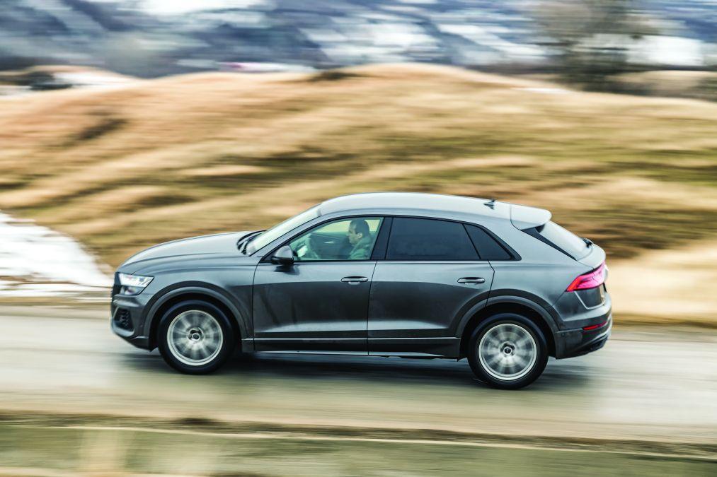 Test comparativ Audi Q8