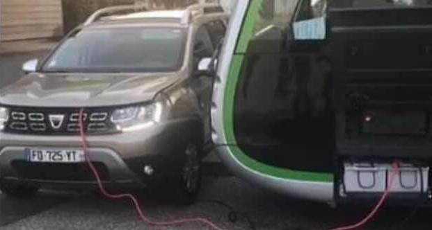 Dacia Duster autobuz electric